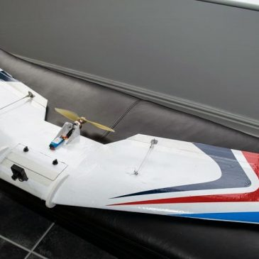 FPV Flying Wing made with  CNC Foam Cutter